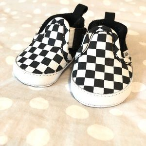 Infant checker board Vans size 1